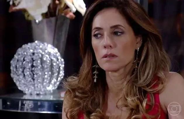 Na terça (8), Tereza Cristina (Christiane Torloni) será desmascarada pelo delegado Paredes (Samir Murad) (Foto: Reprodução)