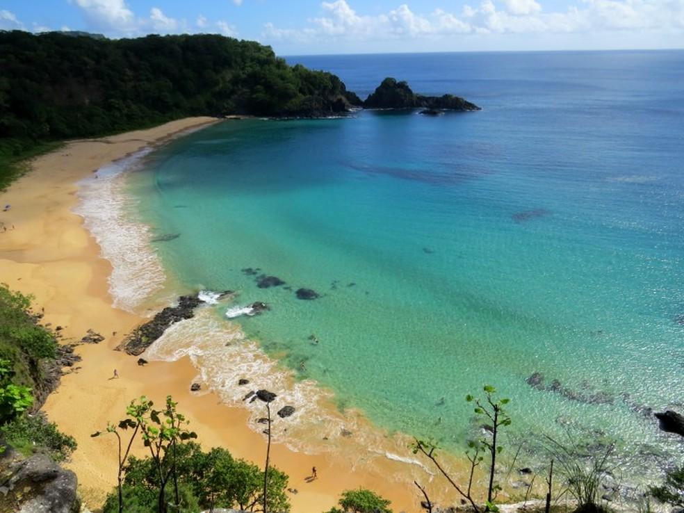 A Praia do Sancho faz parte do Parque Nacional Marinho de Fernando de Noronha — Foto: Ana Clara Marinho/TV Globo