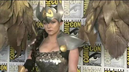 Cosplays são espetáculo à parte na Comic-Con de San Diego