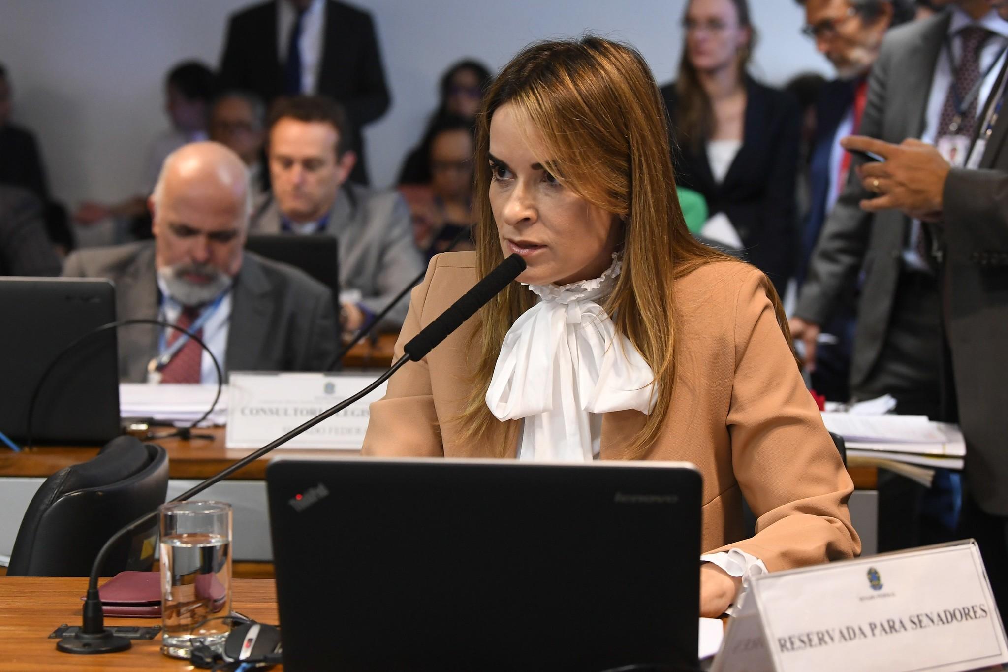 Nome da senadora Daniela Ribeiro é usado por suspeitos para aplicar golpes