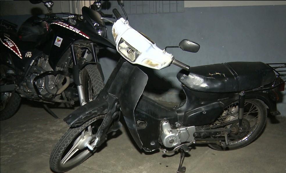 Moto roubada que estava sendo anunicada nas redes socias. — Foto: Reprodução/TV Paraíba