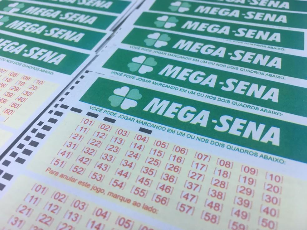 Mega-Sena pode pagar 6,5 milhões nesta quarta-feira (Foto: Stephanie Fonseca/G1)