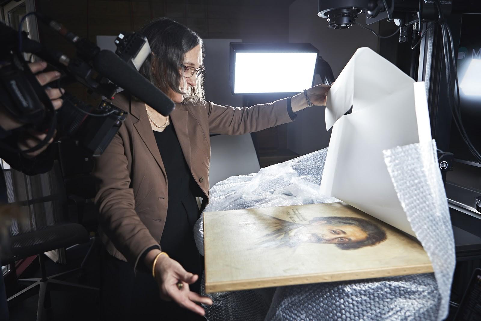 Digitalização de foto de Albert Einstein (Foto: Divulgação: Google)