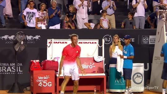 Laslo Djere freia sensação canadense e conquista título inédito no Rio Open