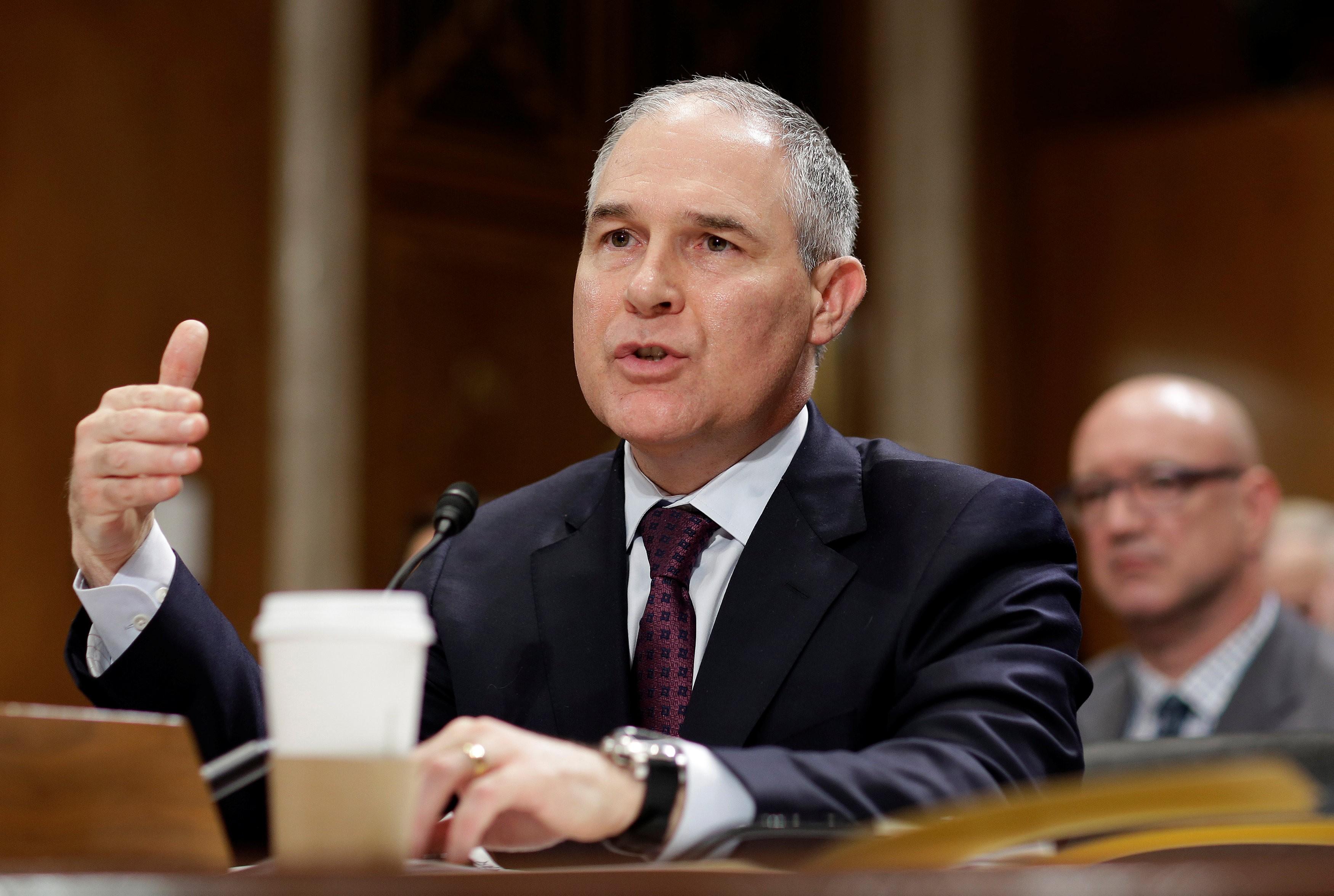 Scott Pruitt renuncia à chefia da agência de proteção ambiental dos EUA após fortes críticas