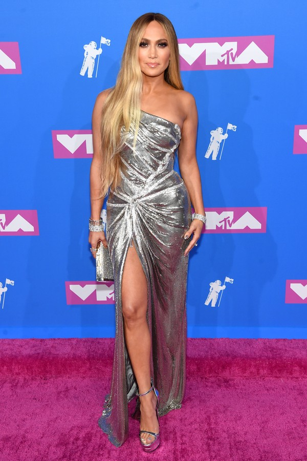 NEW YORK, NY - AUGUST 20:  Jennifer Lopez attends the 2018 MTV Video Music Awards at Radio City Music Hall on August 20, 2018 in New York City.  (Photo by Jamie McCarthy/Getty Images) (Foto: Getty Images)