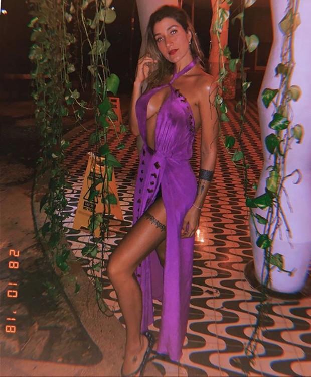 Gabriela Pugliesi posta em look ousado para as noites de comemoração (Foto: Instagram/ Reprodução)