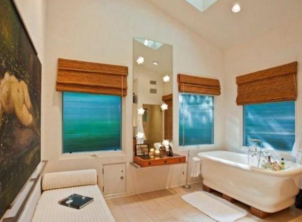 Banheiro da suíte principal (Foto: Getty Images/ Reprodução)