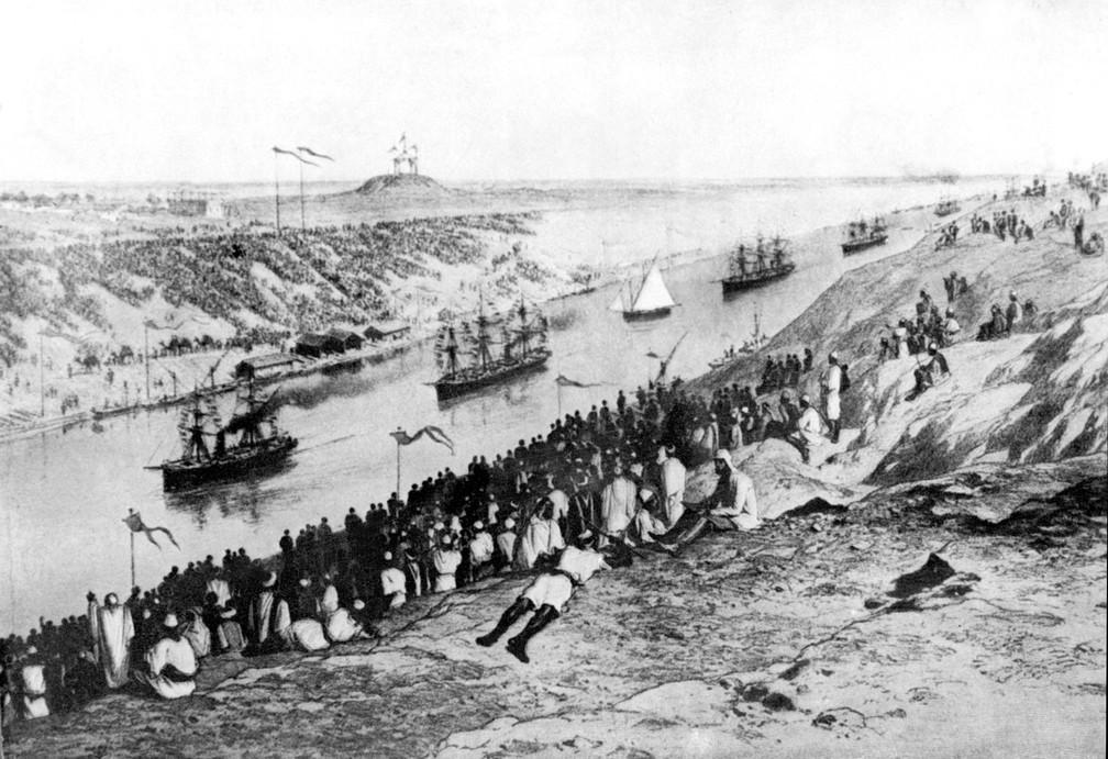 Imagem mostra inauguração do Canal de Suez em novembro de 1869 — Foto: AFP