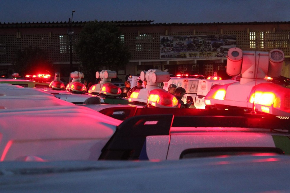 Após mais de 60 mortes em 15 dias, Projeto de Lei pretende convocar policiais da reserva no AM — Foto: Rickardo Marques/G1