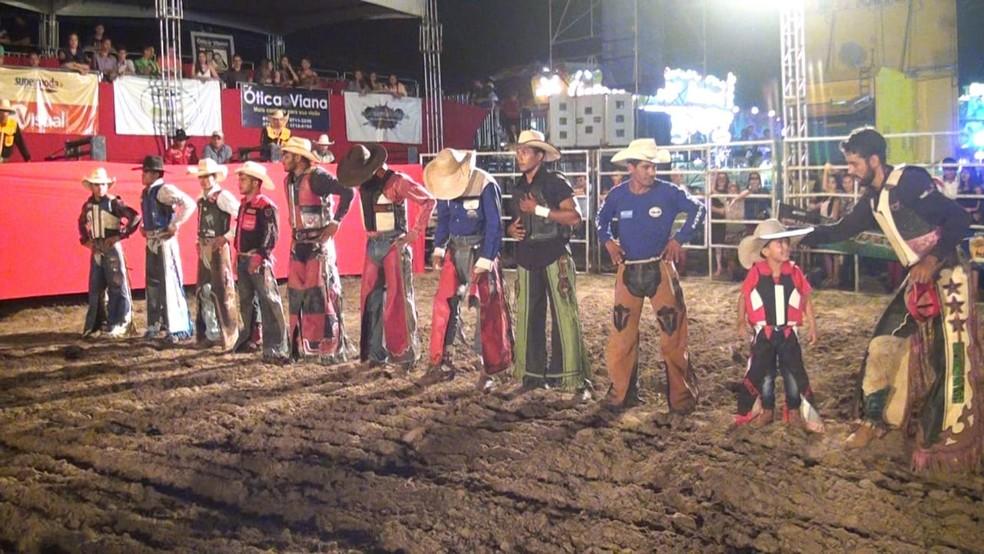 Expofac proporciona eventos de entretenimento como o rodeio (Foto: Sindicato Rural)
