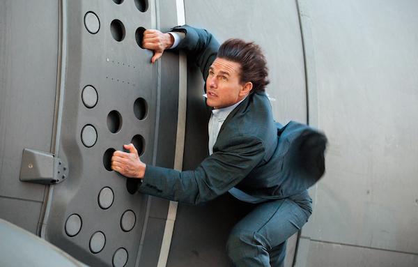 O ator Tom Cruise em cena de filma da franquia Missão: Impossível (Foto: Reprodução)