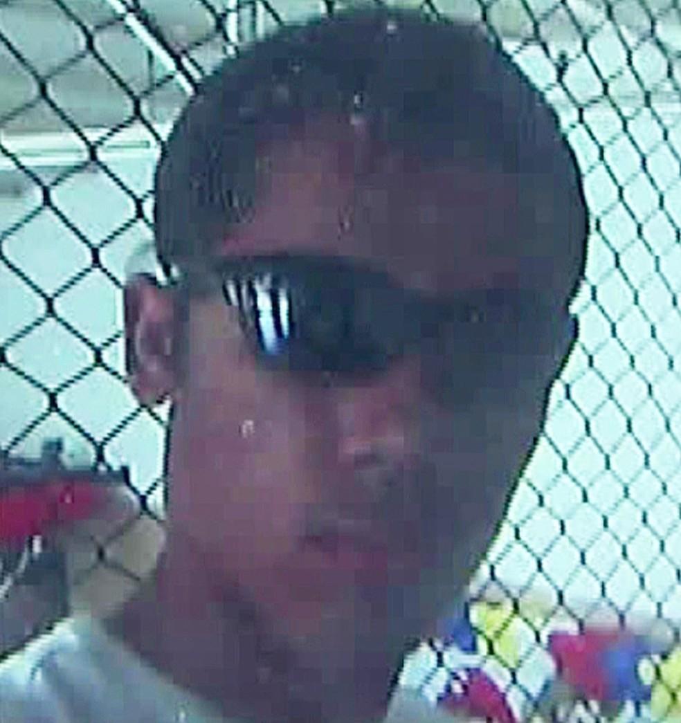 Claiton Antônio Ribeiro, 17 anos, uma das vítimas do massacre de Suzano — Foto: Reprodução/TV Globo