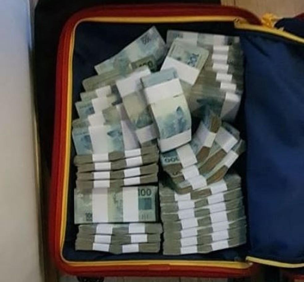 Polícia Civil apreendeu mais de R$ 1 milhão durante operação contra desvio de verba — Foto: Divulgação/Polícia Civil