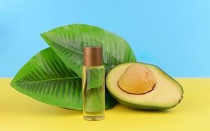 5 receitas com abacate para a pele e os cabelos