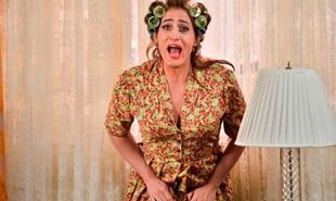 Paulo Gustavo morreu nesta terça-feira, vítima de Covid-19. Uma das personagens mais emblemáticos do humorista é Dona Hermínia, de 'Minha mãe é uma peça', inspirada em sua própria mãe | Reprodução