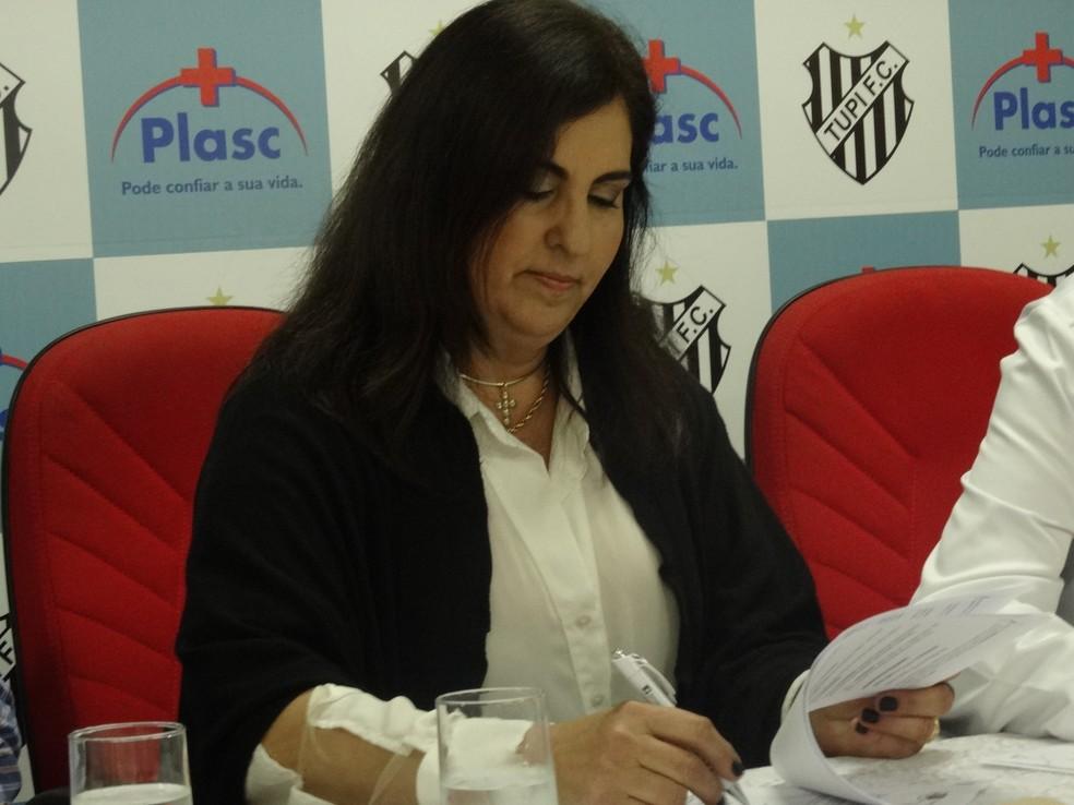 Presidente Myriam Fortuna diz que custo é caro (Foto: Marina Proton)
