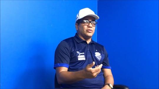 Na redação do GE, Marcelo Cabo revela o time do CSA para jogo contra o Fortaleza e elogia Yuri