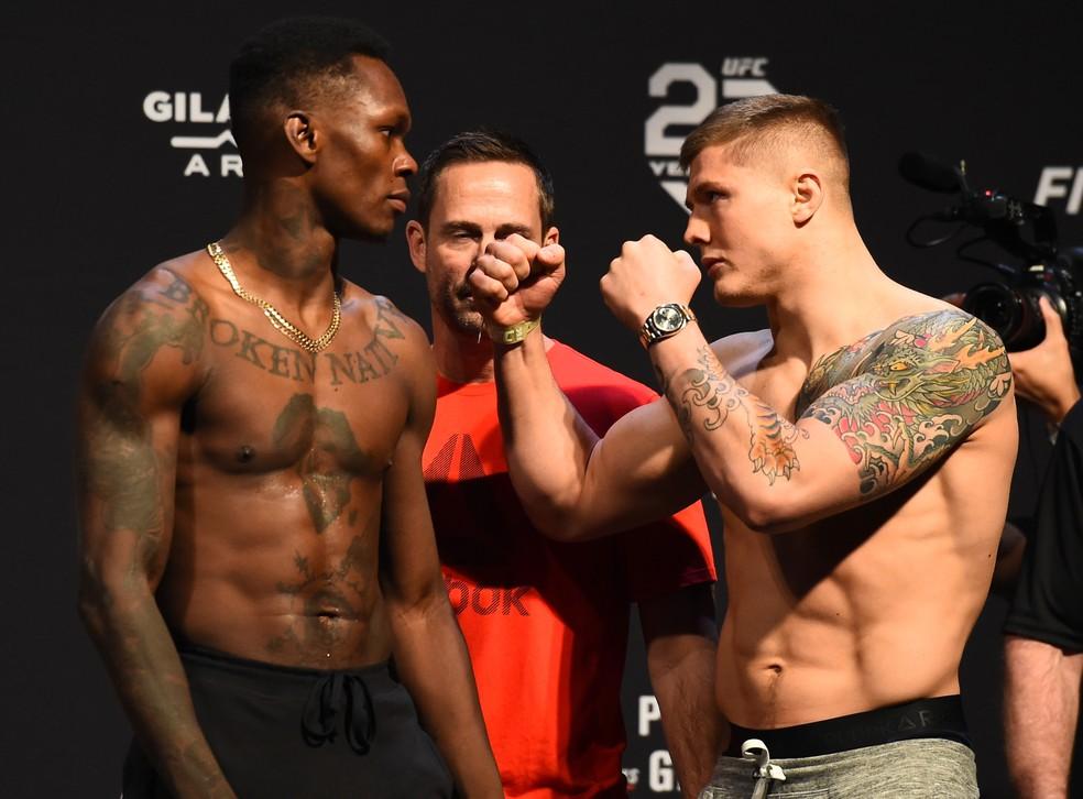 Provocador, o nigeriano Israel Adesanya enfrenta o italiano Marvin Vettori no UFC Glendale (Foto: Getty Images)