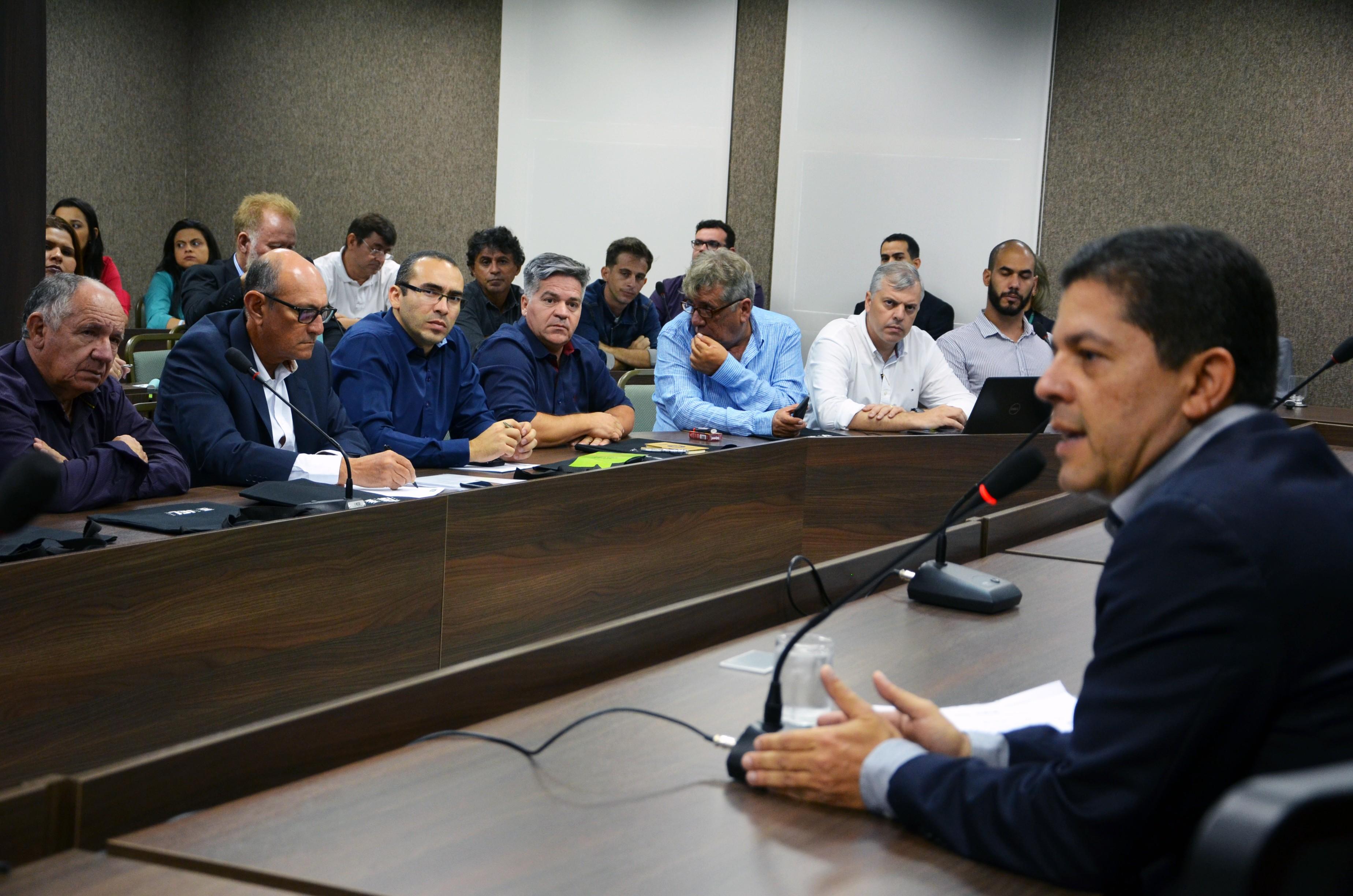 Fórum discute boas práticas de fabricação da água mineral no Rio Grande do Norte - Notícias - Plantão Diário