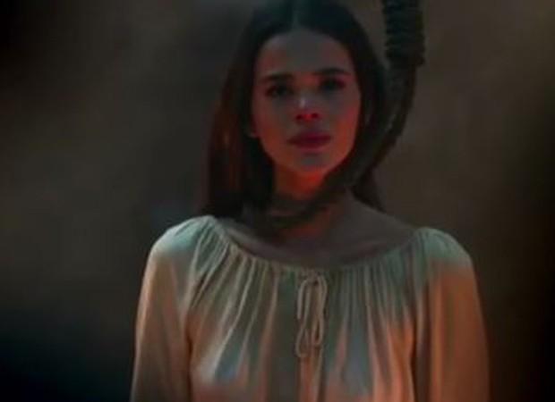 Catarina no último capítulo de Deus Salve o Rei  (Foto: Reprodução/Instagram)