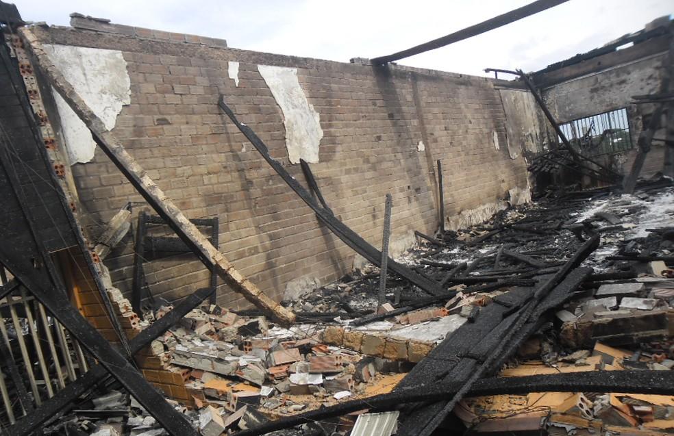 Parte da Papudinha afetada pelo fogo deve ser demolida, recomenda MP-AC (Foto: Divulgação/Asscom MP-AC)