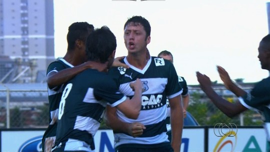 Camisa 10 e finalizador: como joga Felipe Menezes, que está perto de estrear no CRB