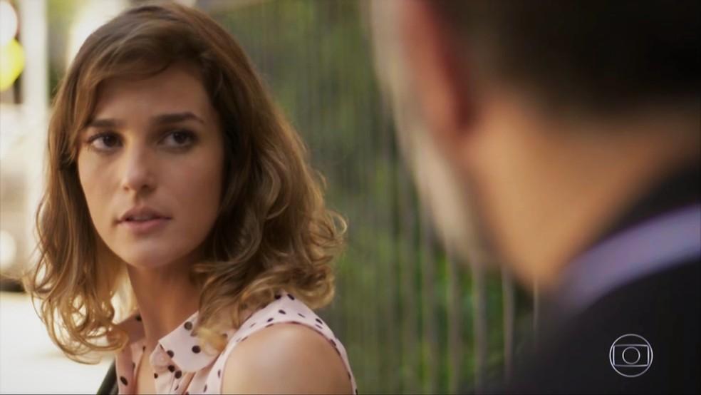 Sofia (Priscila Steinman) diz que não lembra seu nome — Foto: TV Globo