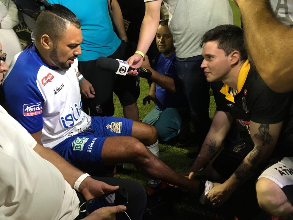Tirullipa disse que não conhece o jogador que o feriu durante jogo em Sorocaba (Foto: Ana Paula Yabiku/G1)
