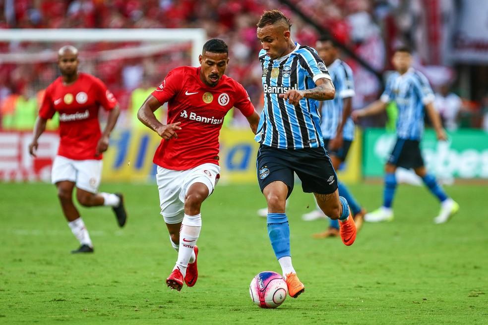 Everton é o artilheiro do Grêmio  e entre os jogadores da dupla Gre-Nal na temporada (Foto: Lucas Uebel/Divulgação Grêmio)