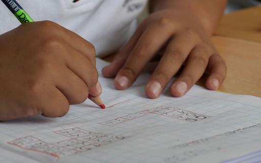 3 pontos para entender por que o Brasil evoluiu (mas não muito) em educação