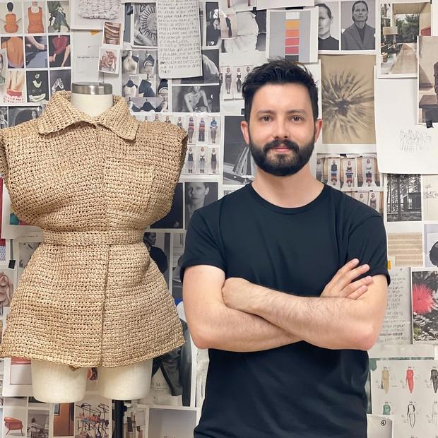 O estilista João Maraschin  (Foto: Divulgação)