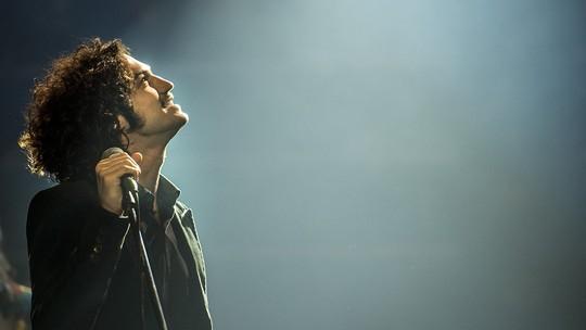 Gabriel Leone relata emoção nos bastidores do show de Gustavo: 'A realização de um sonho'