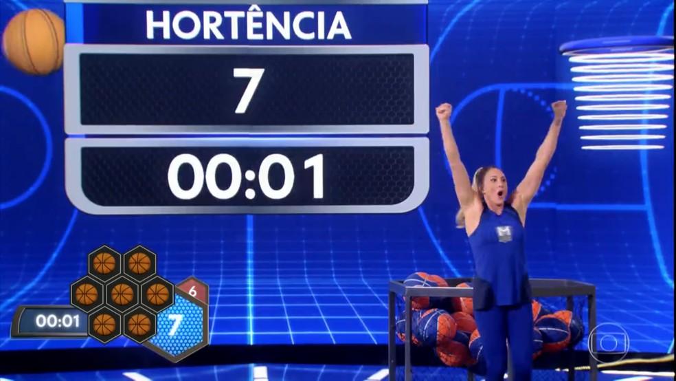 Hortência mostra que quem é rainha nunca perde a majestade, no 'Tá Brincando' — Foto: TV Globo