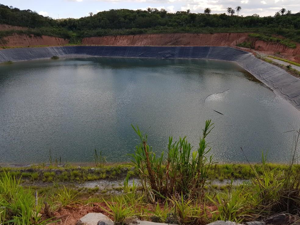 Esta barragem também abandonada da Mundo Mineração está entre as com maior potencial de dano no país, segundo AMN — Foto: Humberto Trajano/G1
