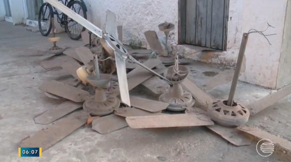 Após acidente, ventiladores foram retirados (Foto: Reprodução/Tv Clube)