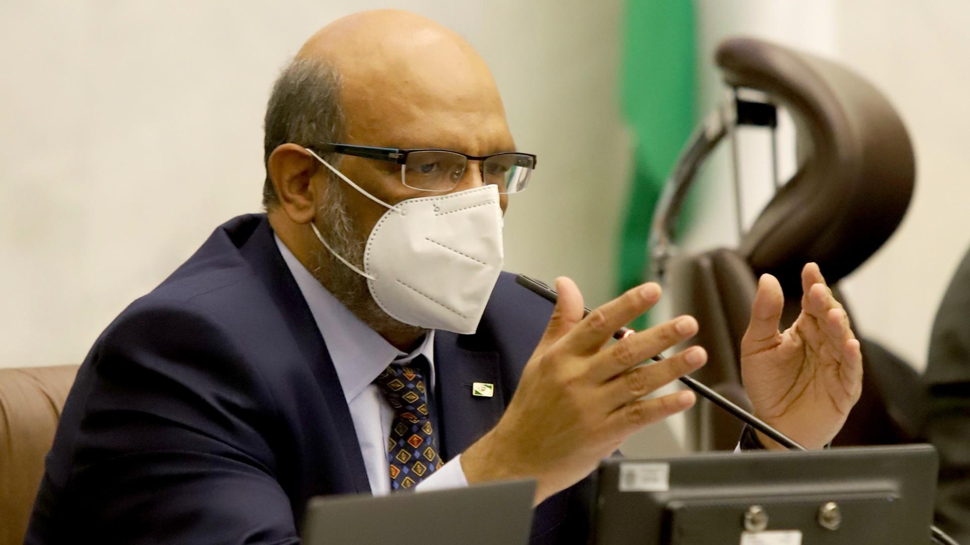Com Covid-19, secretário da Fazenda do Paraná é intubado em hospital de Curitiba
