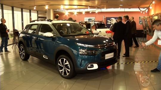 Citroën mostra C4 Cactus 'brasileiro', que chega em outubro