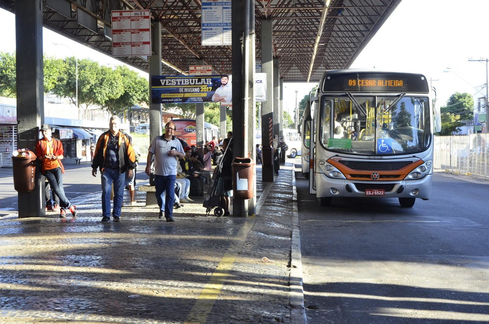 Empresa de ônibus de Marília amplia horário do transporte público para a volta às aulas
