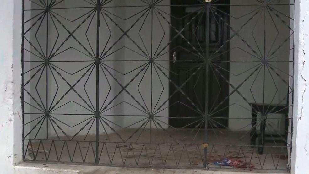 Casa onde o crime aconteceu, em Areial, na Paraíba — Foto: Reprodução/TV Paraíba