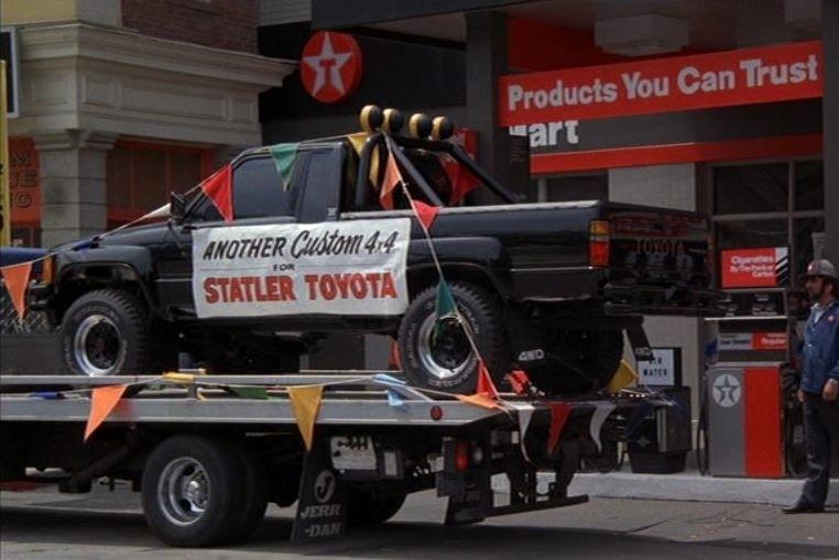 Toyota Hilux De Volta Para o Futuro (Foto: Divulgação)