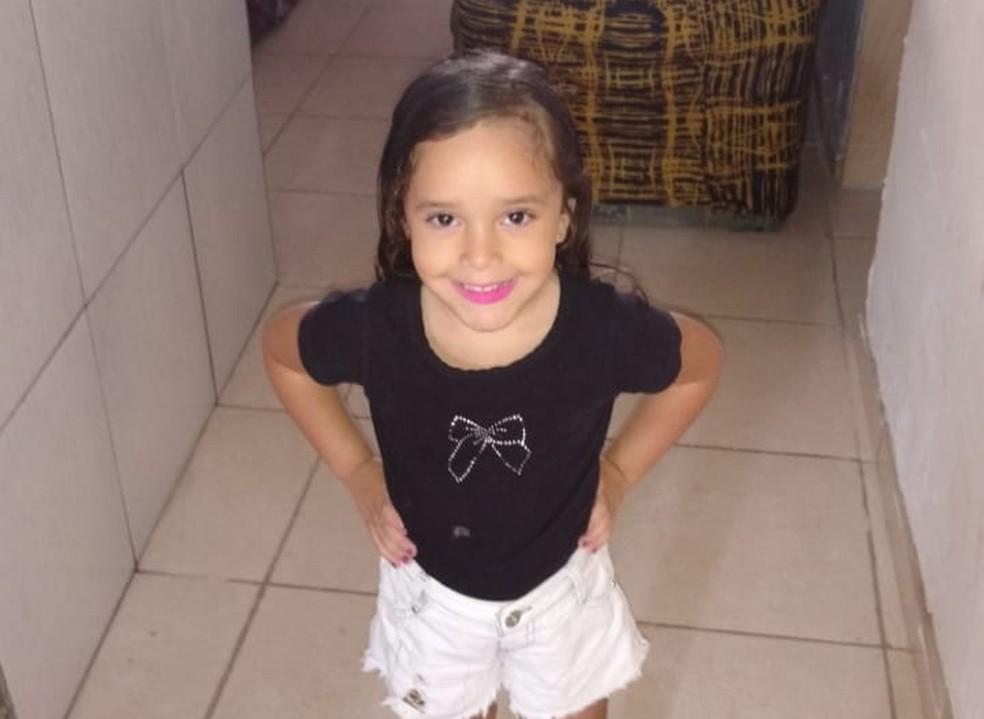 Maria Eduarda Rodrigues, de 5 anos, foi morta a tiros em Ceilândia (Foto: Arquivo pessoal)
