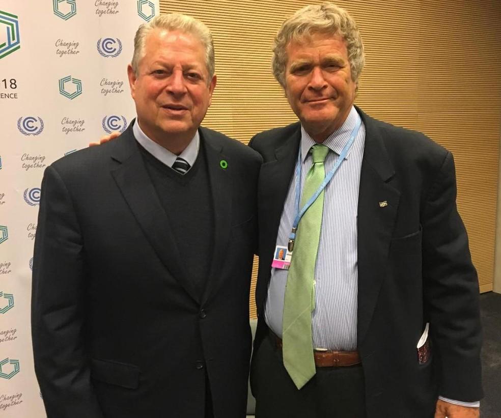Alfredo Sirkis e Al Gore em conferência climática  — Foto: Reprodução/Redes sociais