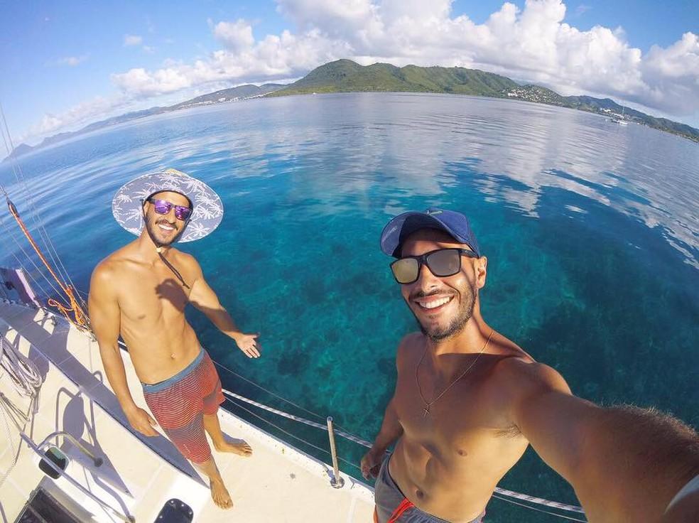 Dois brasileiros a bordo de veleiro estão à deriva no mar na Polinésia Francesa — Foto: Reprodução/Instagram