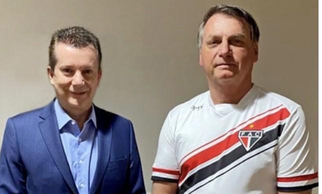O candidato à prefeitura de SP Celso Russomano visitou o Presidente Jair Bolsonaro após cirurgia, em 26 de setembro