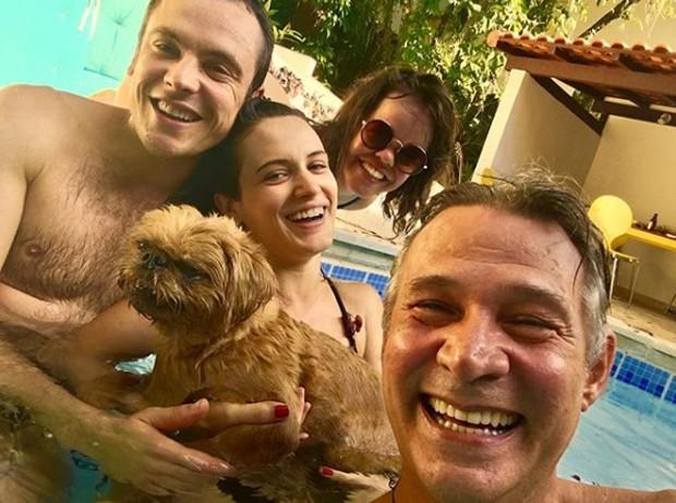 Sergio Guizé, Bianca Bin, Juliana Caldas e Nelson Freitas (Foto: Reprodução/Instagram)