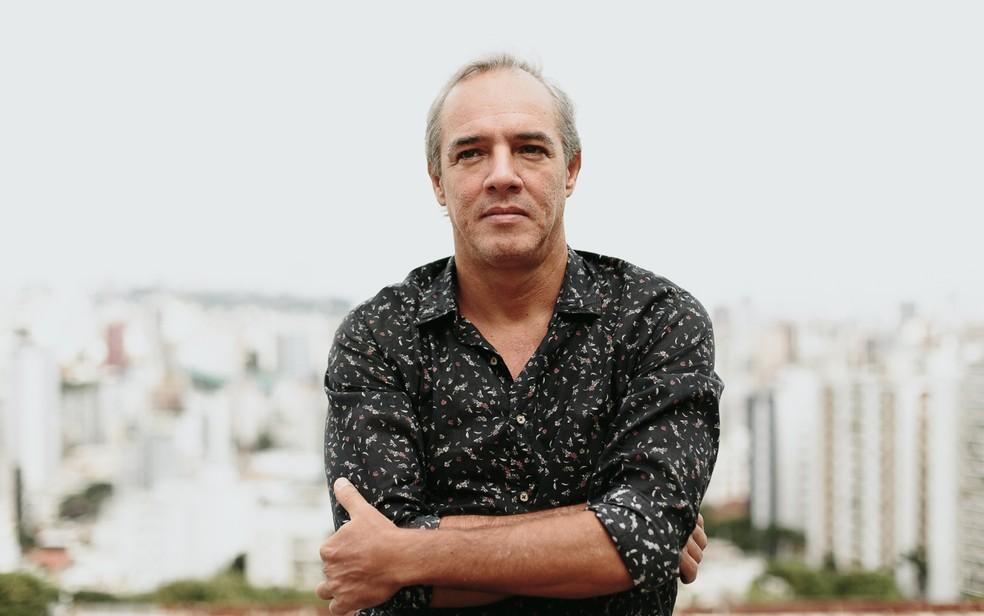Compositor Flávio Henrique estava internado com febre amarela e morreu na manhã desta quinta-feira (18) (Foto: Frank Bitencourt/Divulgação)