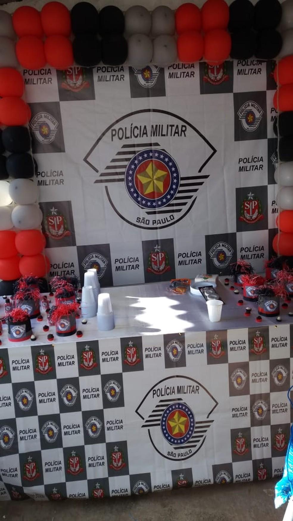 Aniversário de menino que sonha em ser PM foi comemorado em Avaré (SP) — Foto: Silmara dos Santos Martins de Oliveira/Arquivo Pessoal