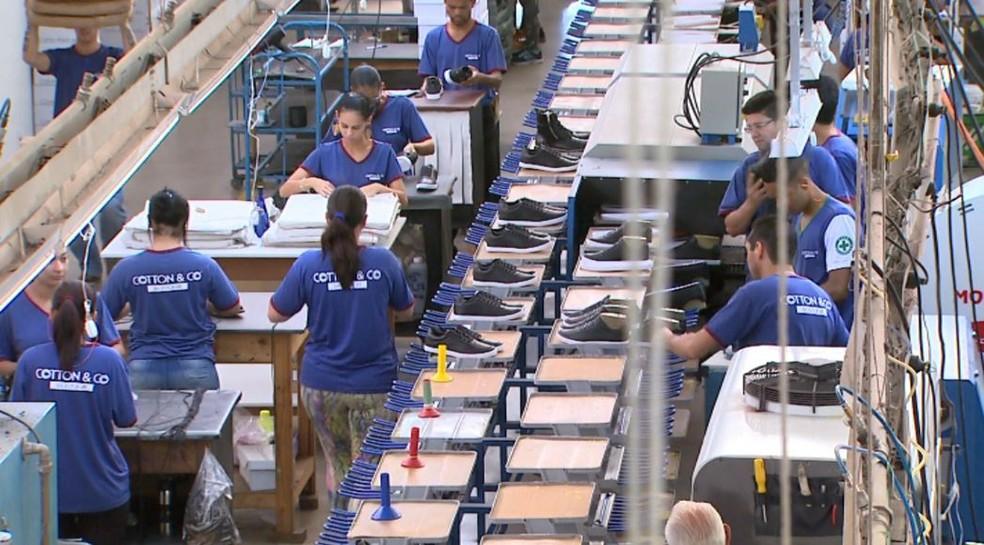 cbdf5762a ... Fábrica de calçados de Franca, cidade da região de Ribeirão Preto que  mais gerou vagas