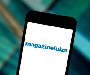 Magalu mira Amazon com aquisições